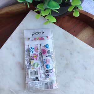 PLAE🌺🌼🌸Floral Tabs brand new in box